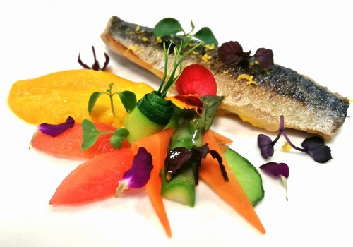 Recipe: Citrus Mackerel with sour vegetables on carrot cream