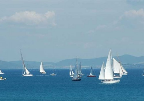 Sailing in Maremma: lessons, sport & relax